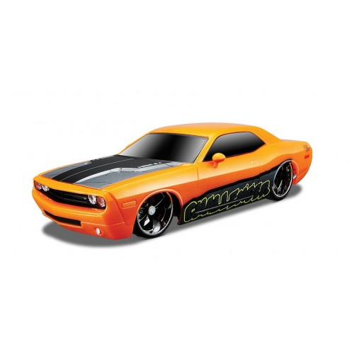 1:24 MotoSounds - 2006 Dodge Challenger (incl cell batteries)